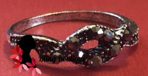 Bohemian Knuckle Ring - Knot